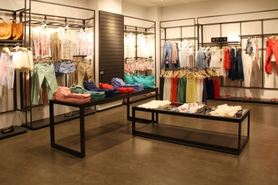 初次微商卖衣服怎么做?微商卖衣服要怎么引流找客户